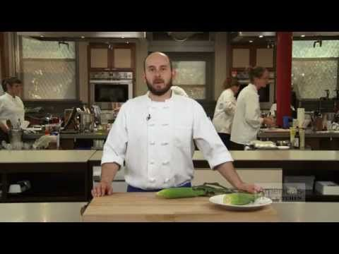Super Quick Video Tips: The Easiest-Ever Way to Shuck Corn
