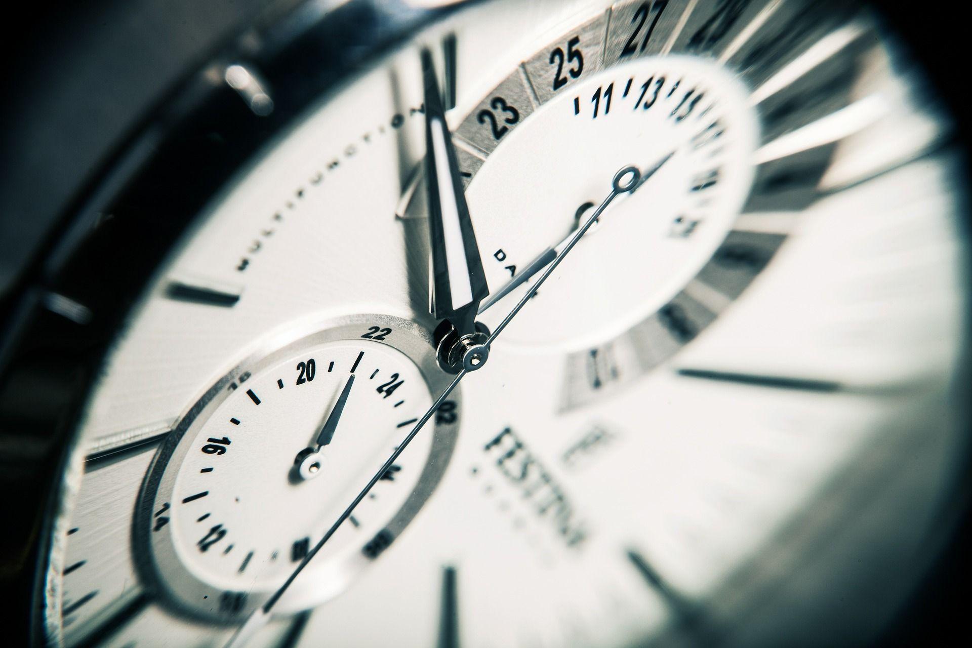 Gli orari della Scuola possono essere visionati nel sito istituzionale http://www.scuolasavio.it/orari.html