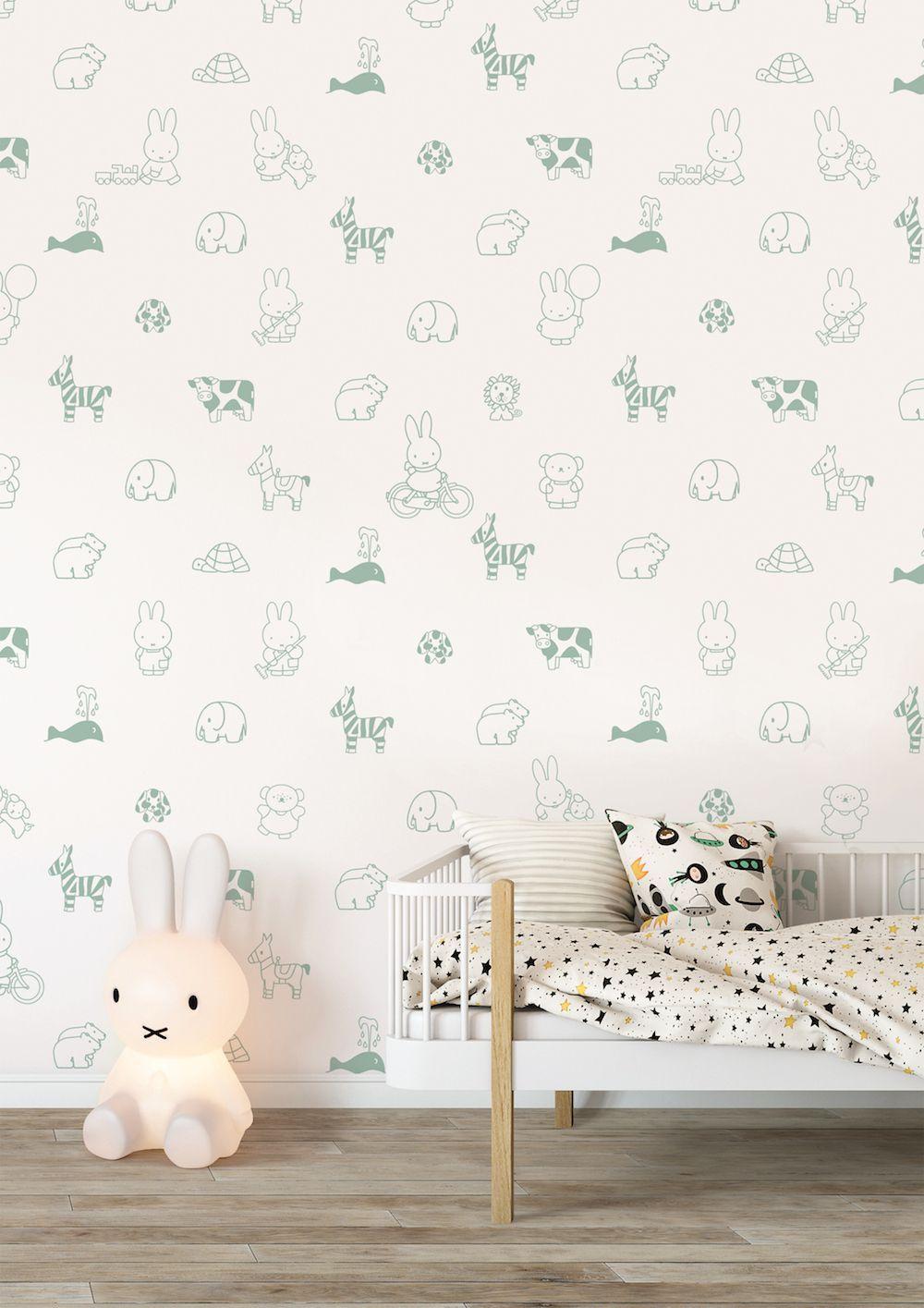 Vrolijk Nijntje behang voor de babykamer | STYLING | kids | Pinterest