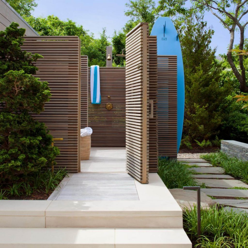 21+ Outdoor Shower Design Ideas For Swimming Pools Areas in ...