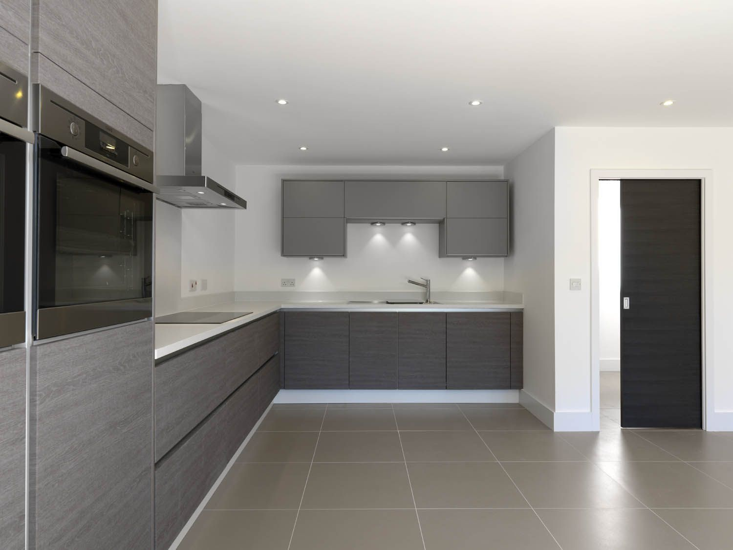 Best Modern Grey Kitchen Units Looking Sleek And Stylish With A 400 x 300