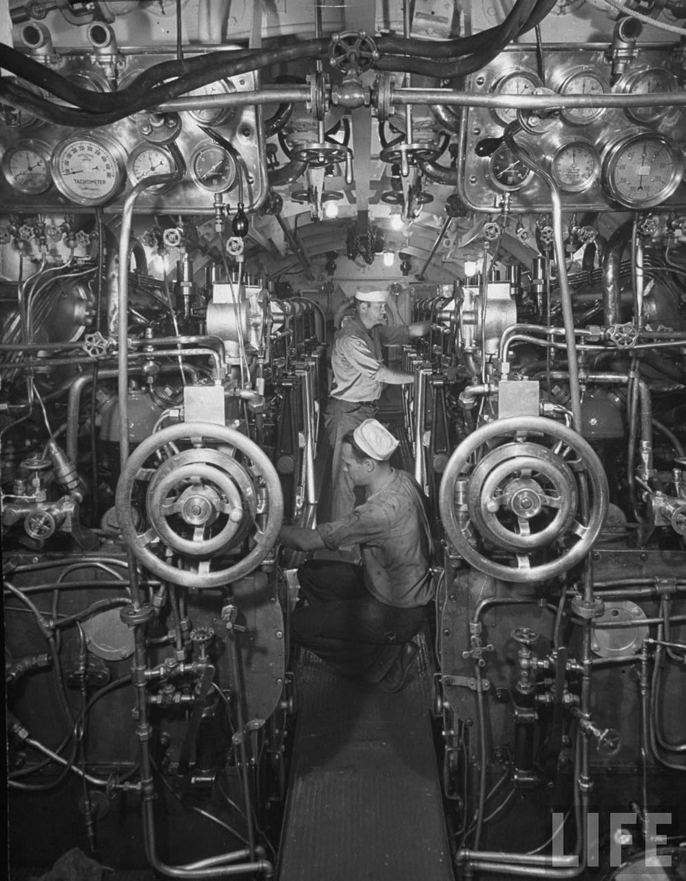 The Engine Room Design: Pin On U.S. Naval Submarine Service