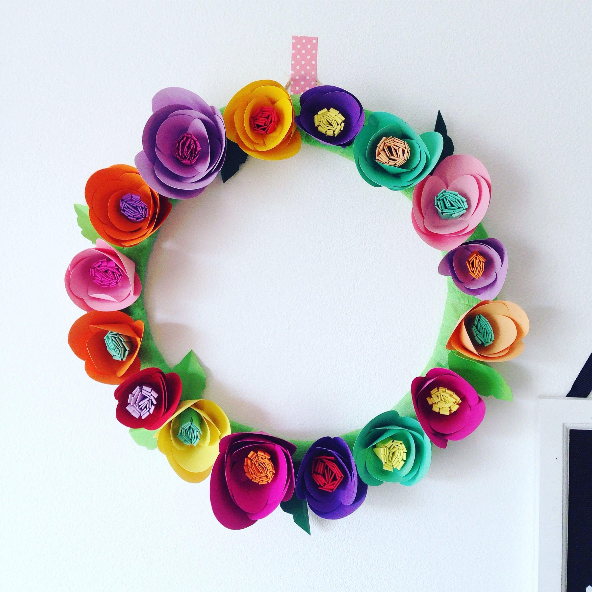 Diy Paper Flowers Wreath Paper Crafts Paper Flowers Diy Paper
