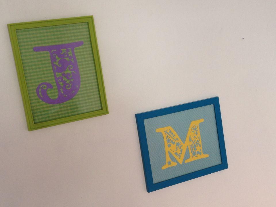 Enmarcado de inicial / corte de papel   Letras, iniciales, nombres y ...