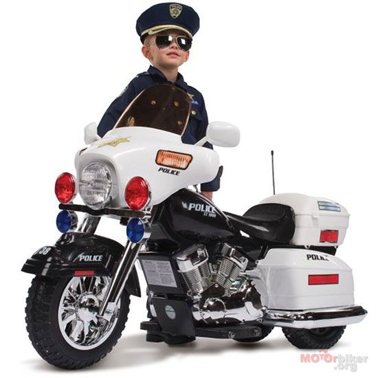 Riding Motorcicle Toy Join The Motorcycle Police Start Young