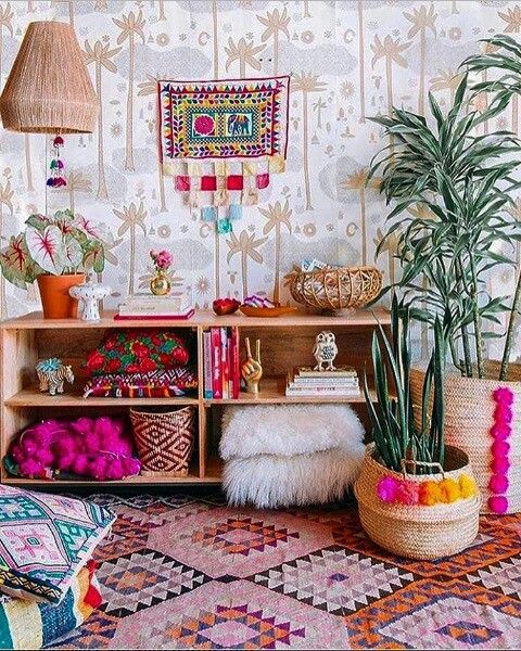 Colors and pompoms and bohemian room!