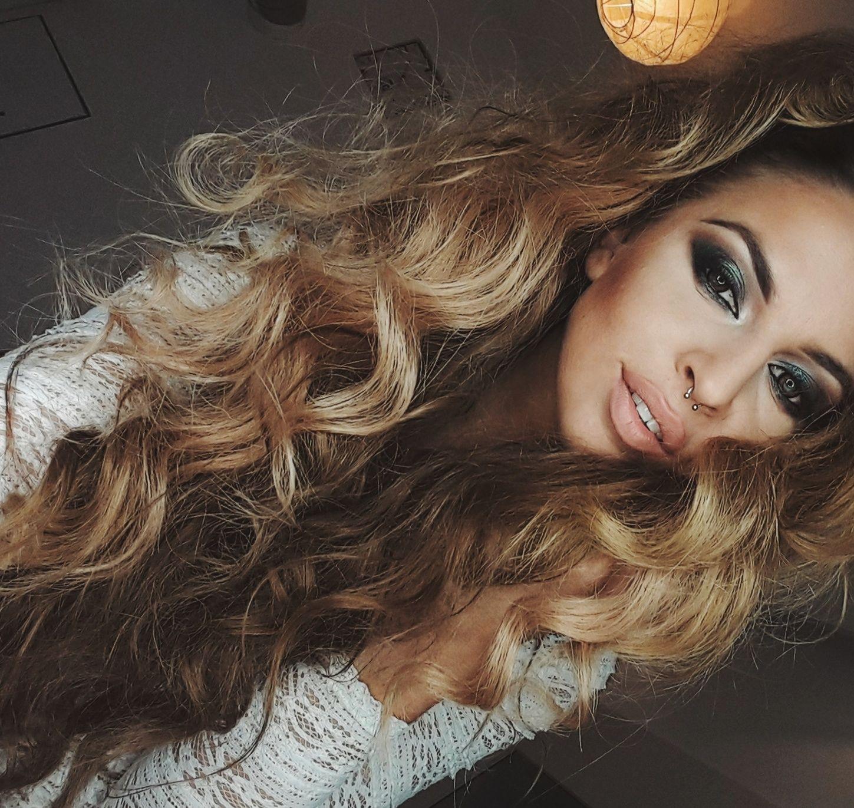 Mrs.Smith.Makeup