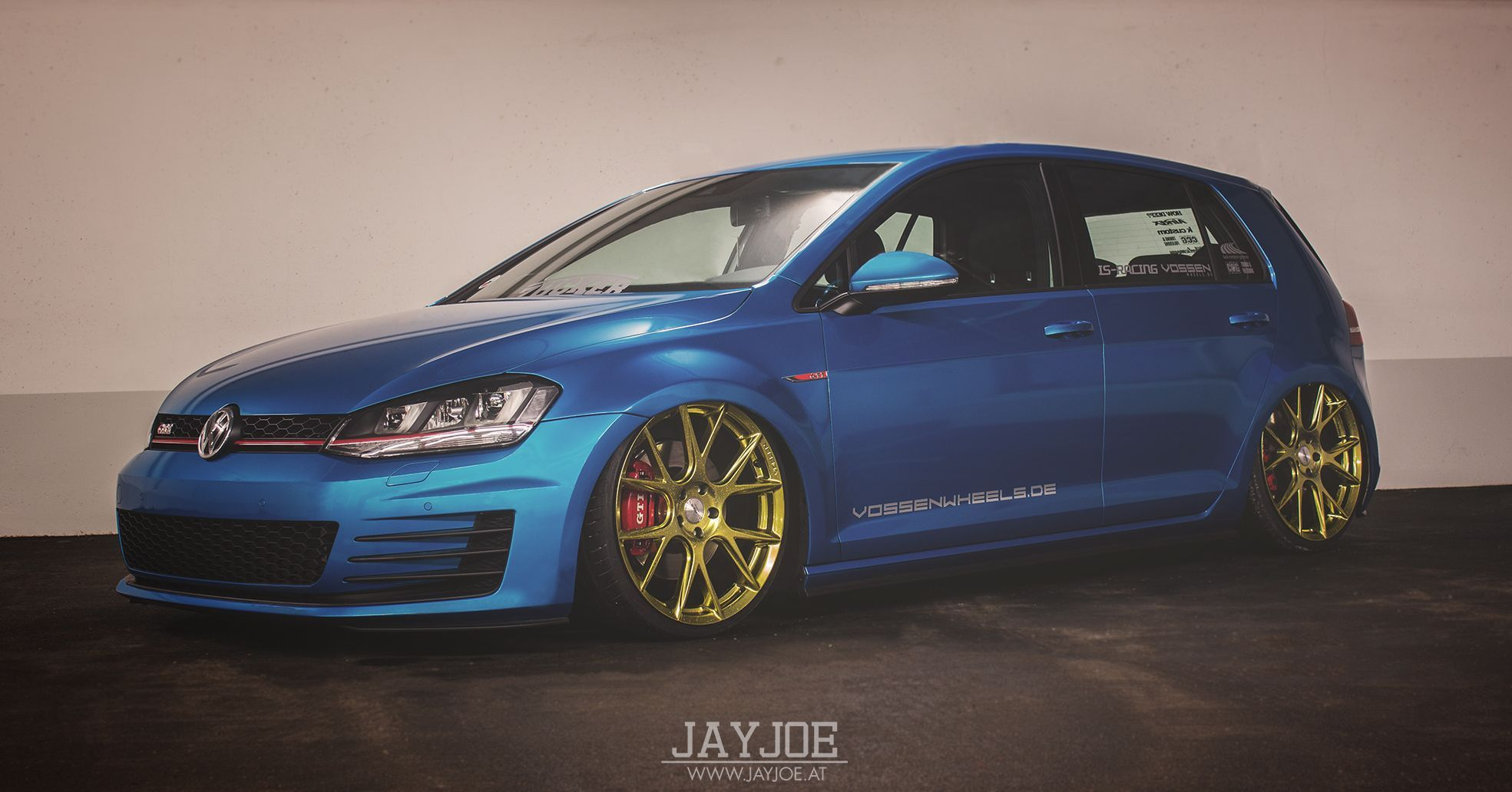 Blue Gold Combo Looking Good On This Vw Gti Volkswagen Golf