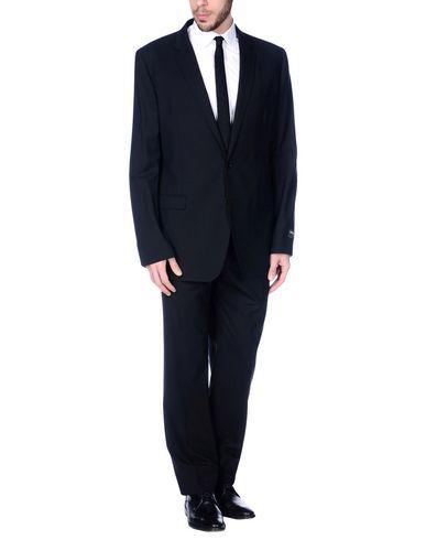 DOLCE & GABBANA Suits. #dolcegabbana #cloth #top #pant #coat #jacket #short #beachwear