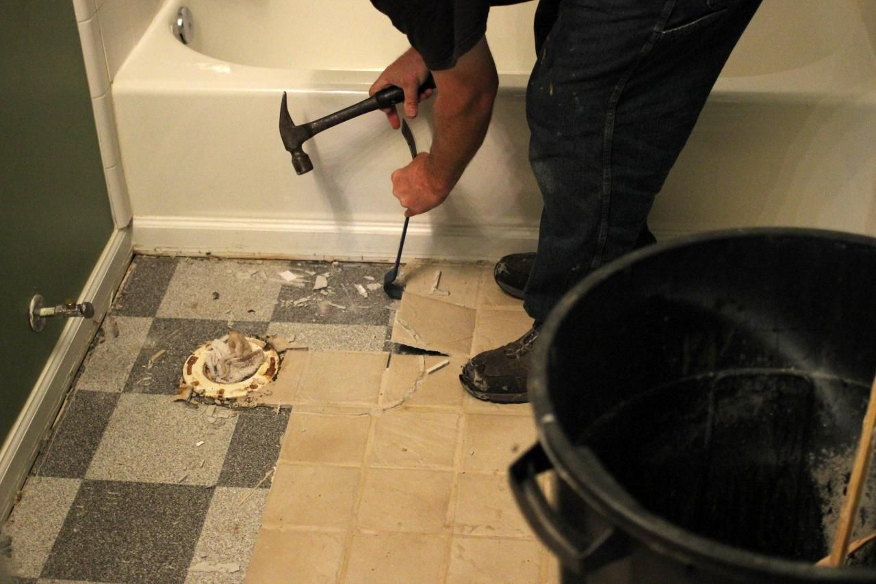 How To Remove Floor Tiles Without Damaging Them Feels Free To Follow Us In 2020 Tile Removal Ceramic Floor Tiles Bathroom Floor Tiles