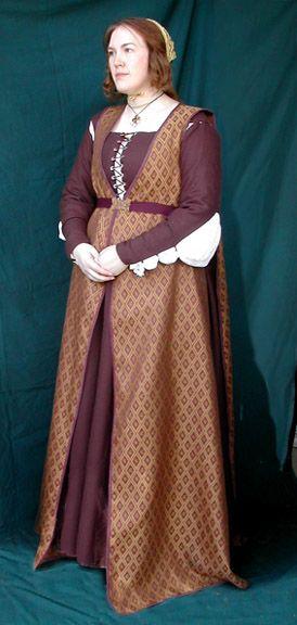 1480s Florentine Giornea by Jen Thompson of Festive Attyre