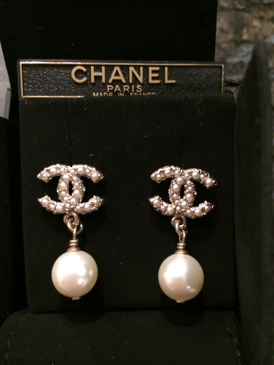 chanel earrings followshophers ring pinterest schmuck chanel handtaschen und chanel. Black Bedroom Furniture Sets. Home Design Ideas