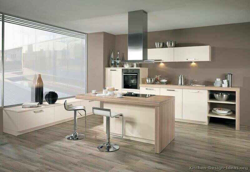 White And wood kitchen... Nice combination