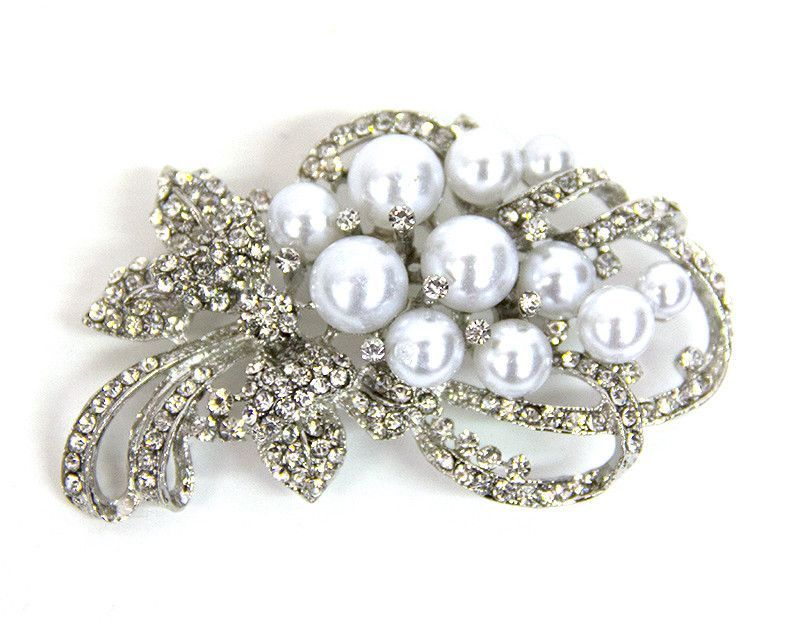 White Pearls & Stone Bouquet Broach