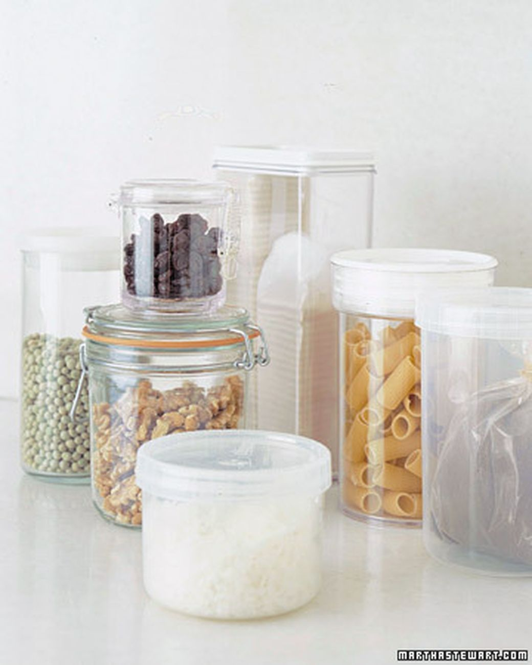 So you've cleaned the shelves and discarded all the stale items. Now how do you organize what's left? Try our functional yet stylish ideas to maintain your pantry so that everything is fresh, clearly labeled, and within easy reach for your next meal.