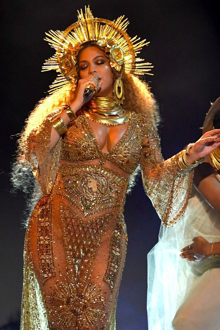 There Are Truly No Words For Beyoncé at the Grammys Right Now