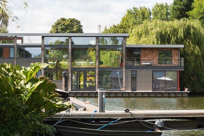 Impressionnante maison contemporaine flottante sur le fleuve Tamise - facade de maison contemporaine