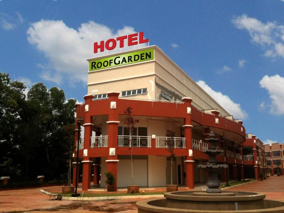 Shah Alam Roof Garden Hotel Malaysia Asia Roof Garden Hotel Is A Popular Choice Amongst Travelers In Shah Alam W Roof Garden Hotel Roof Garden Bukit Jelutong
