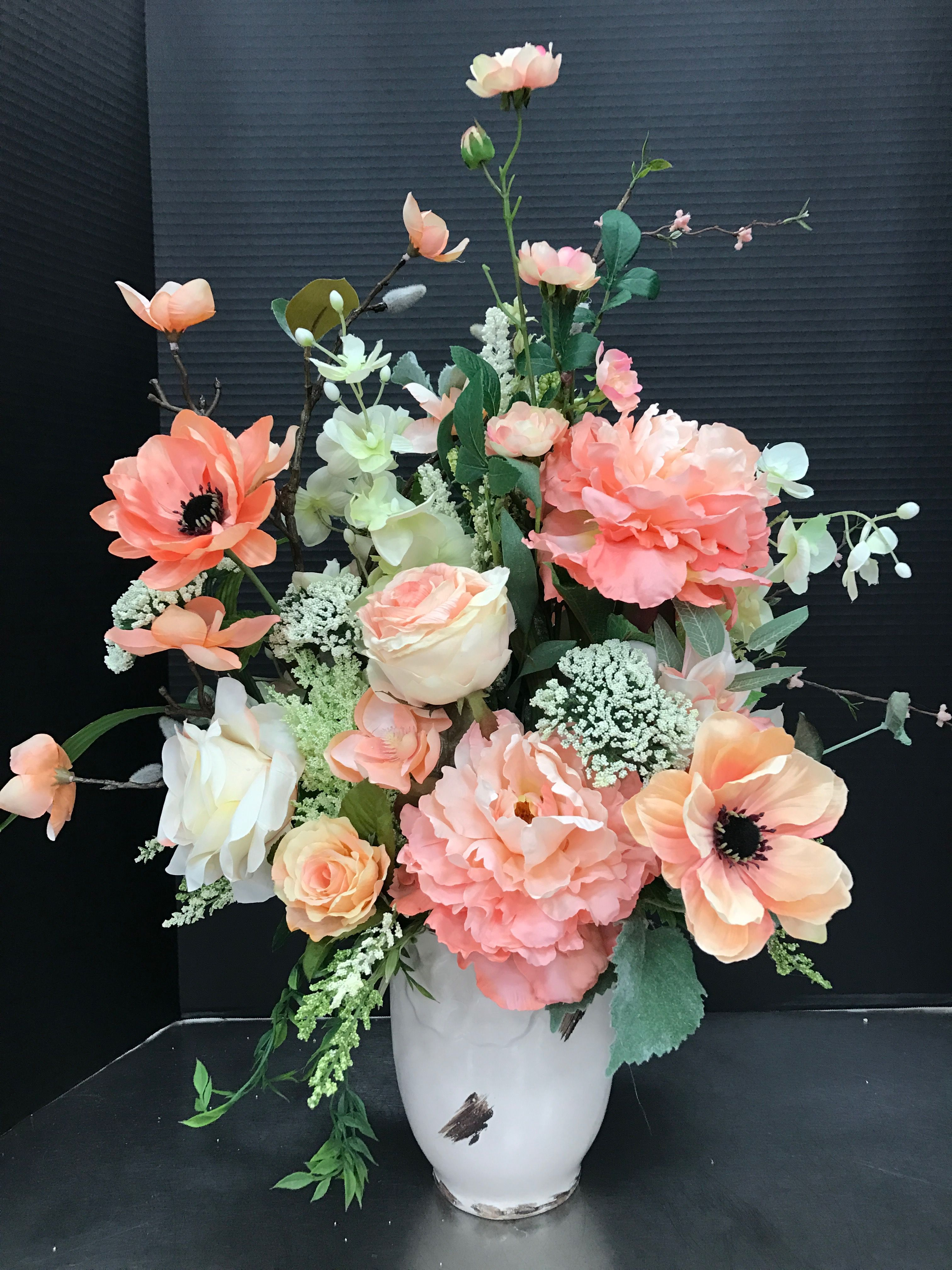 Spring Floral Arranging Tips with Alice's Table ... |Large Spring Floral Arrangements