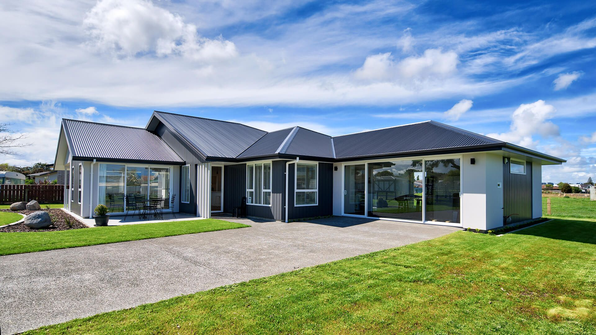 Address 31 Sussex Road Springvale Wanganui Phone 0064 6 343 5007 With Images Display Homes Show Home Local Builders