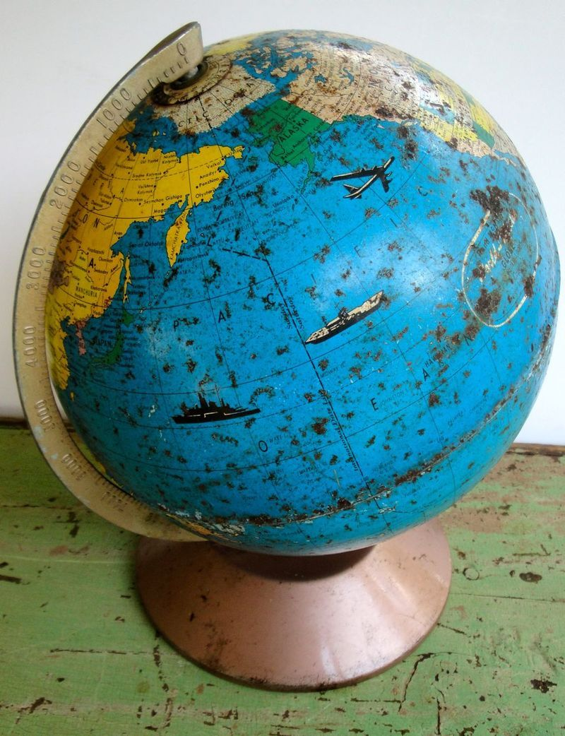 AWESOME #vintage globe with planes and boats <3
