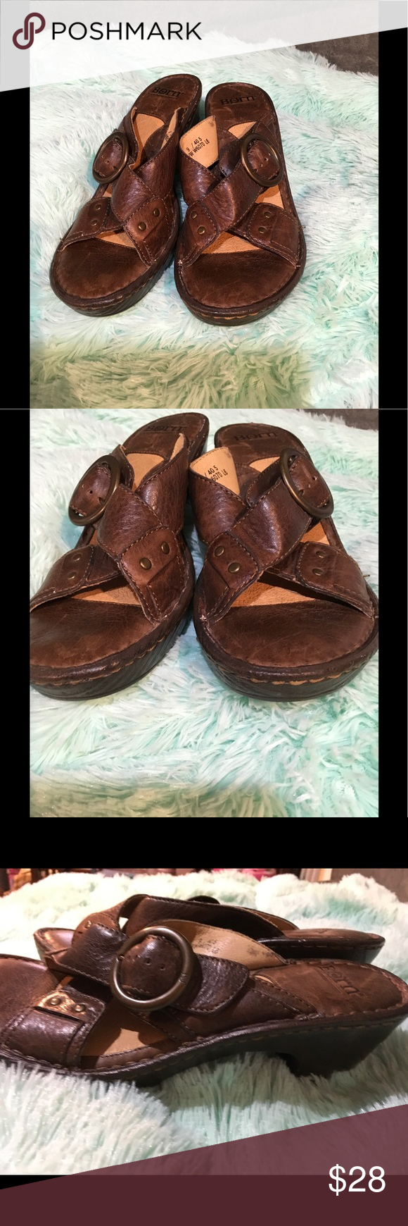 Born leather sandals Sz 8.5-9 Great shoes! Comfy and adjustable strap. Sz 9 but can fit 8.5 imo. These have no wear on the bottom. Really nice condition. Please make offers through the offer option not comment, ty. Born Shoes Mules & Clogs