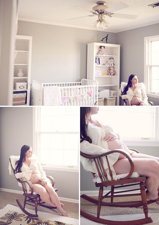 Intimate at-home maternity sweet roots photography