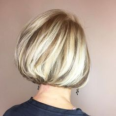 20 best short hairdos for women over 60 will knock 20