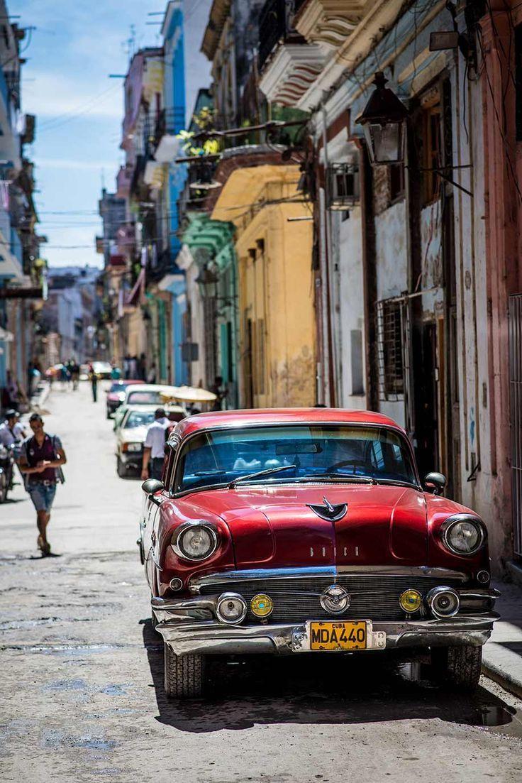 Cuba with the Nikon D800 Cuba Travel Destinations | Cuba Honeymoon | Cuba Backpacking | Cuba Vacation North America #travel #honeymoon #vacation #backpacking #budgettravel #offthebeatenpath #bucketlist #wanderlust #Cuba #NorthAmerica #exploreCuba #visitCuba