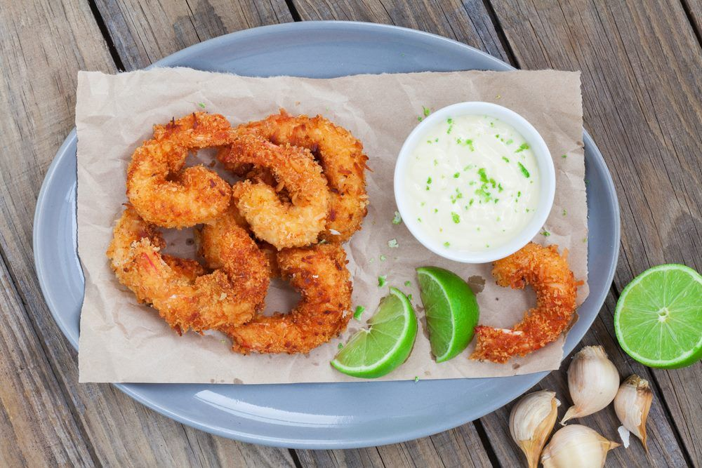 الطريقة السحرية لعمل جمبري مقلي كالمطاعم اليكي متابعة موقع كهرمانة وصفات و اكلات جديدة فموضعنا اليوم عن عم Coconut Shrimp Coconut Shrimp Recipes Shrimp Recipes