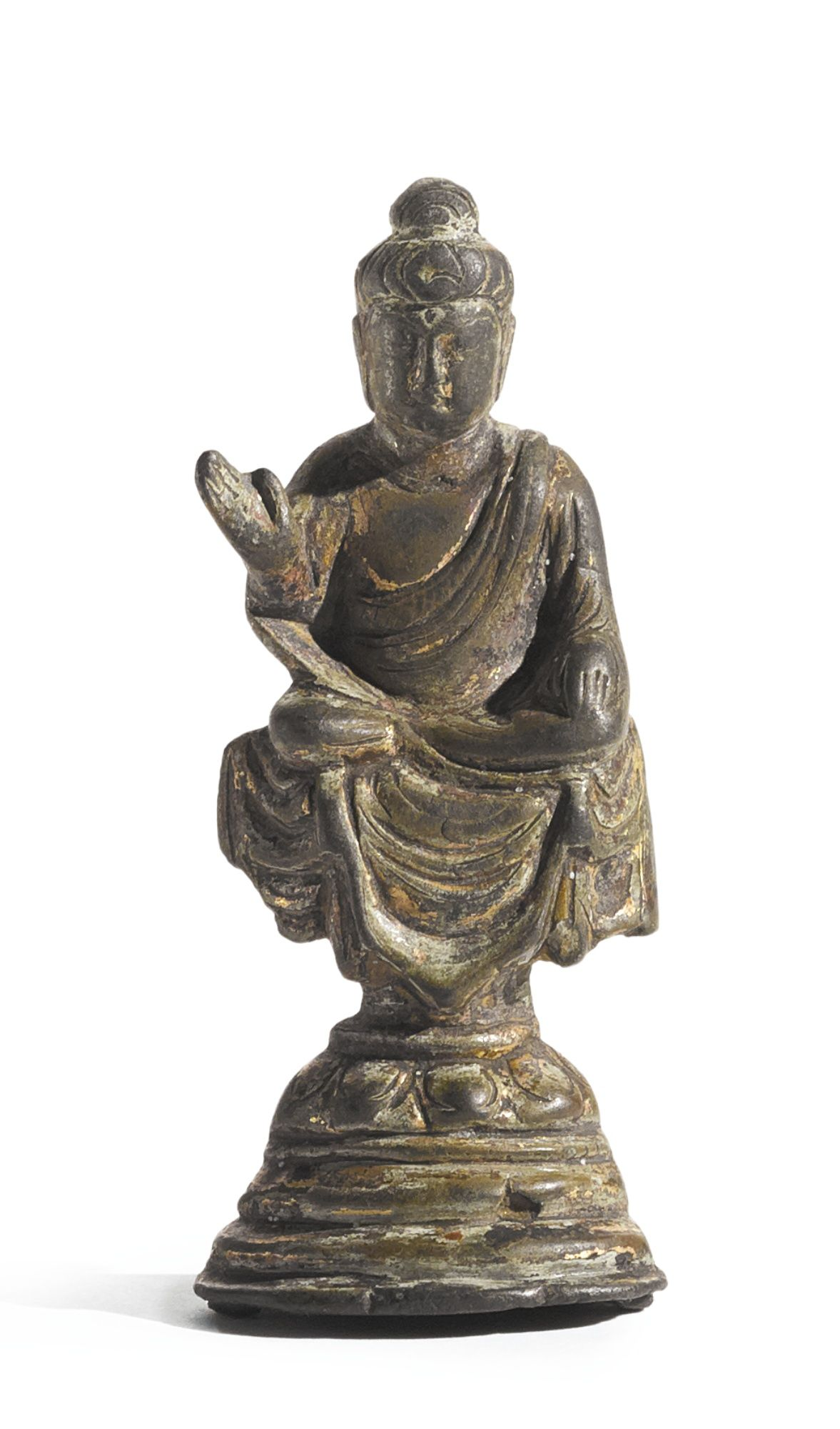 A SMALL BRONZE FIGURE OF BUDDHA - CHINA, TANG DYNASTY