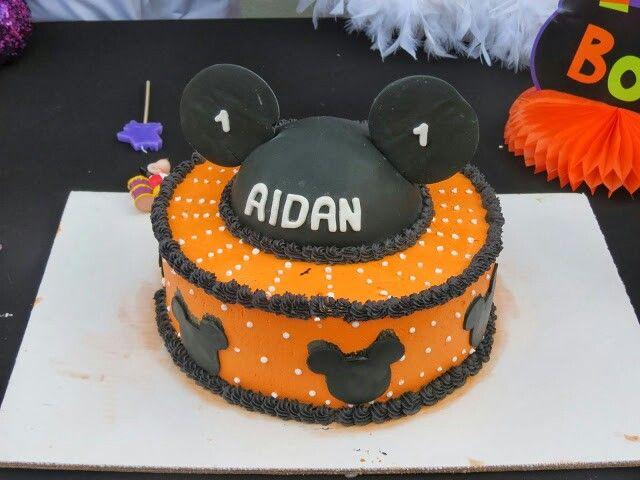Aidans Mickey Halloween Cake Aidans First Spooktacular Mickey