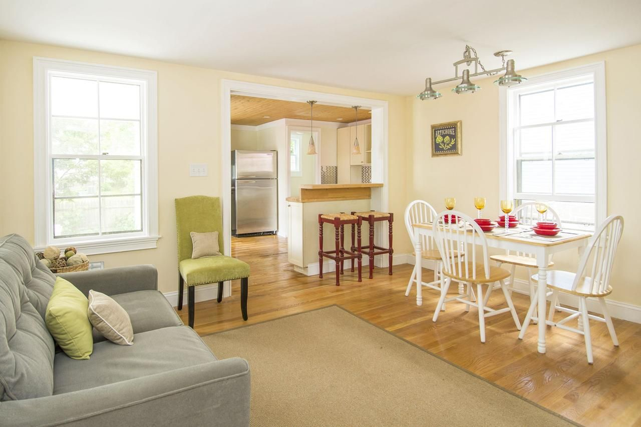 81 Home Staging Tips That Help Buyers Fall in Love Home