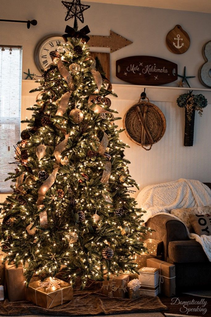 Rustic luxe christmas tree 12 bloggers of christmas with - Decoracion navidena rustica ...