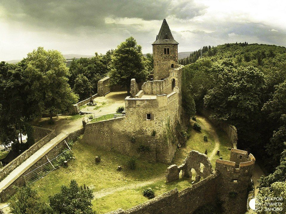 Frankenstein Castle, been here on Halloween, it was crazy!! (fun)   Places  to see, Places to visit, Germany castles