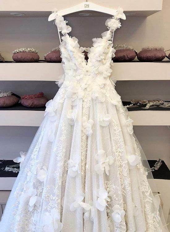 Romantic Wedding Dress,Tulle Wedding Dress,Appliques Custom Dresses,V-Neck Prom Dress #spitzeapplique