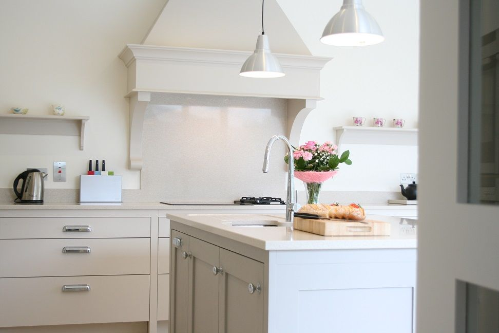 Best Skimming Stone Farrow And Ball Cabinets With Central 640 x 480