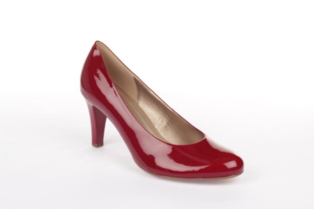 5b7457ea8cf Klassisk laksko i rød. Skoen er behagelig at gå i og egner sig godt ...
