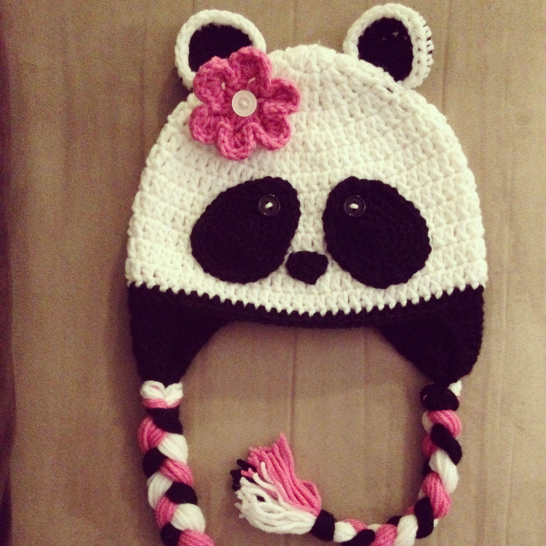 Crochet panda hat with ear flaps. By Cutiekaps | Gorro divertido 1 ...