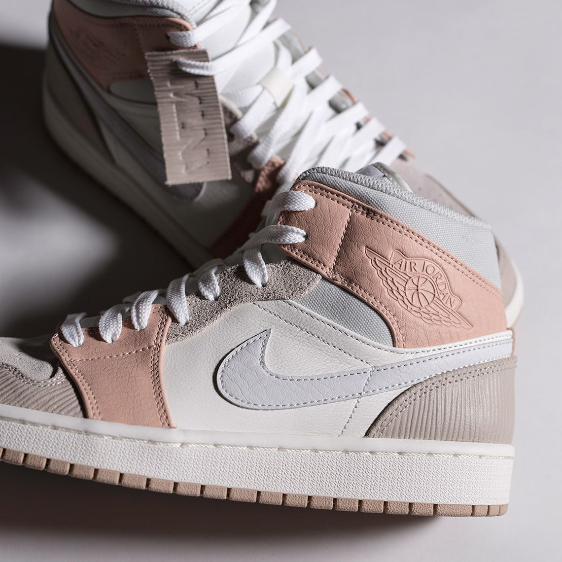 nike air jordan 1 rose pale