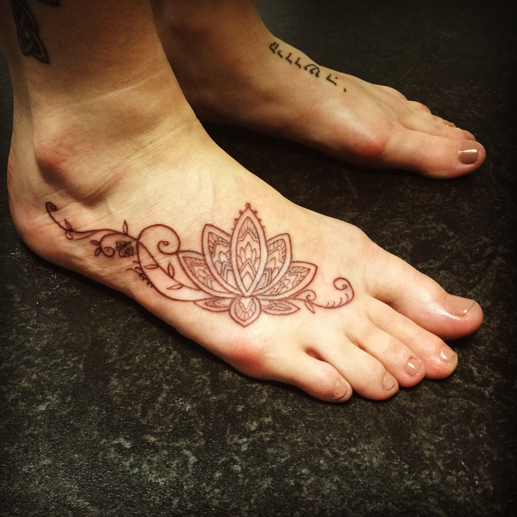 My New Lotus Foot Tattoo Flower Tattoo Foot Foot Henna Henna