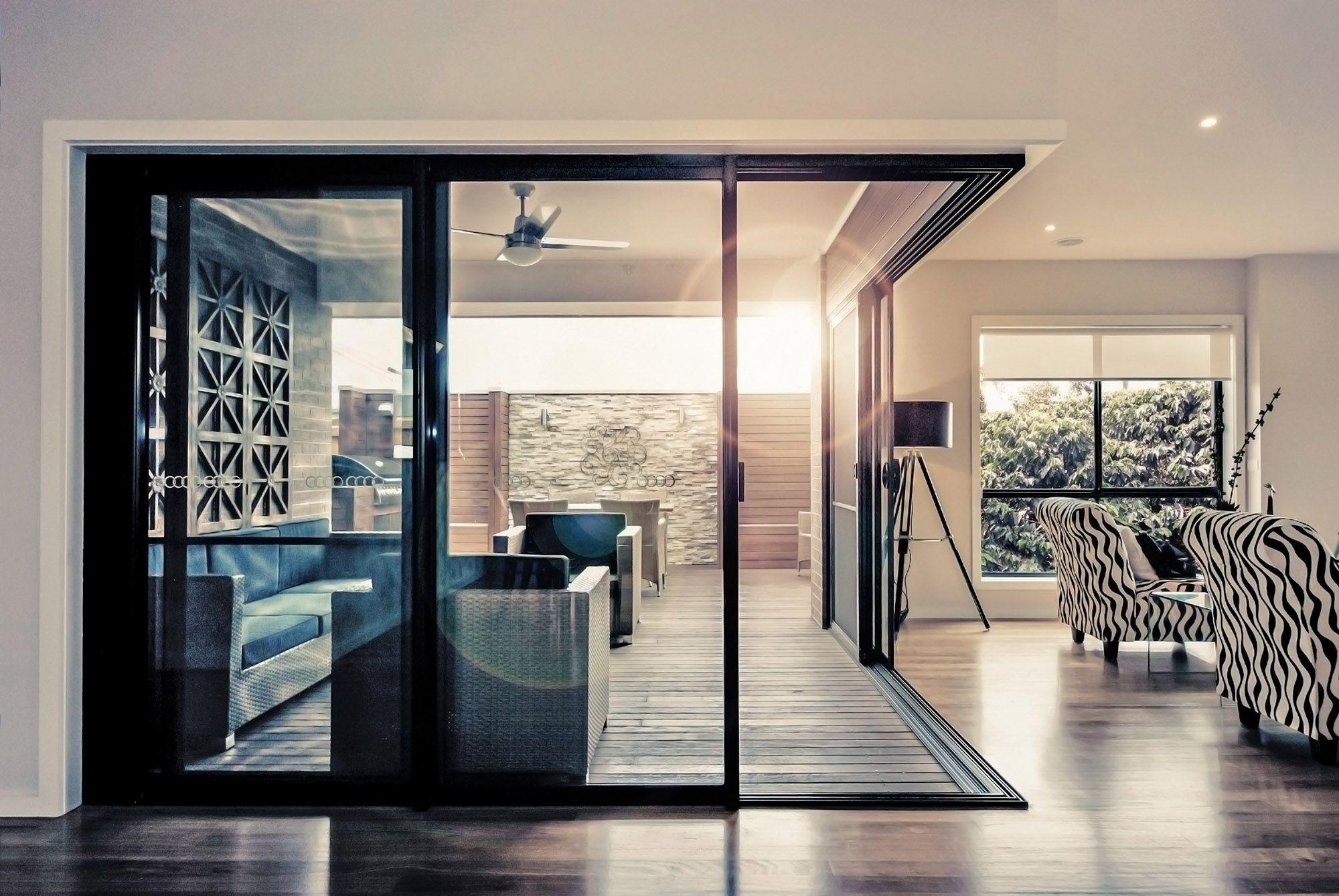 Alfresco Corner Stacker Door 3 & Alfresco Corner Stacker Door 3 | Interior Exterior Design ...