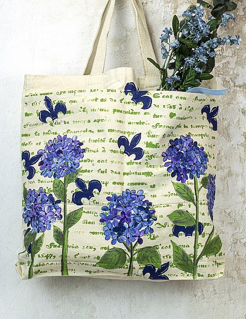 Create This Project With Sosoft Fabric Paint This Tote Bag Features Sosofta Fabric Paint As Well As F Fabric Painting Tote Bag Decorative Painting Patterns