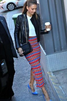 Jessica Alba wearing Chanel 2.55 Reissue Flap Bag and Saloni Nat Multi Lace Skirt