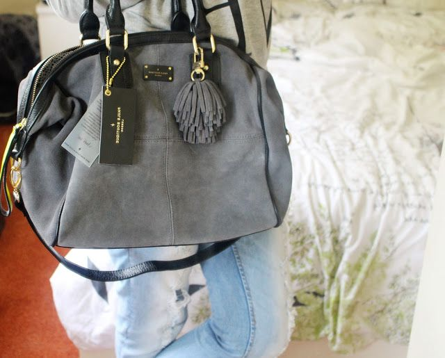 Sophie Jenner Blog Review Of The Pauls Boutique Porter Grey Slouchy Handbag Paul S