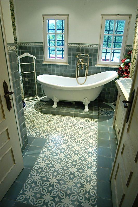 mozaiek tegels badkamer blauw voorbeelden - Google zoeken ...