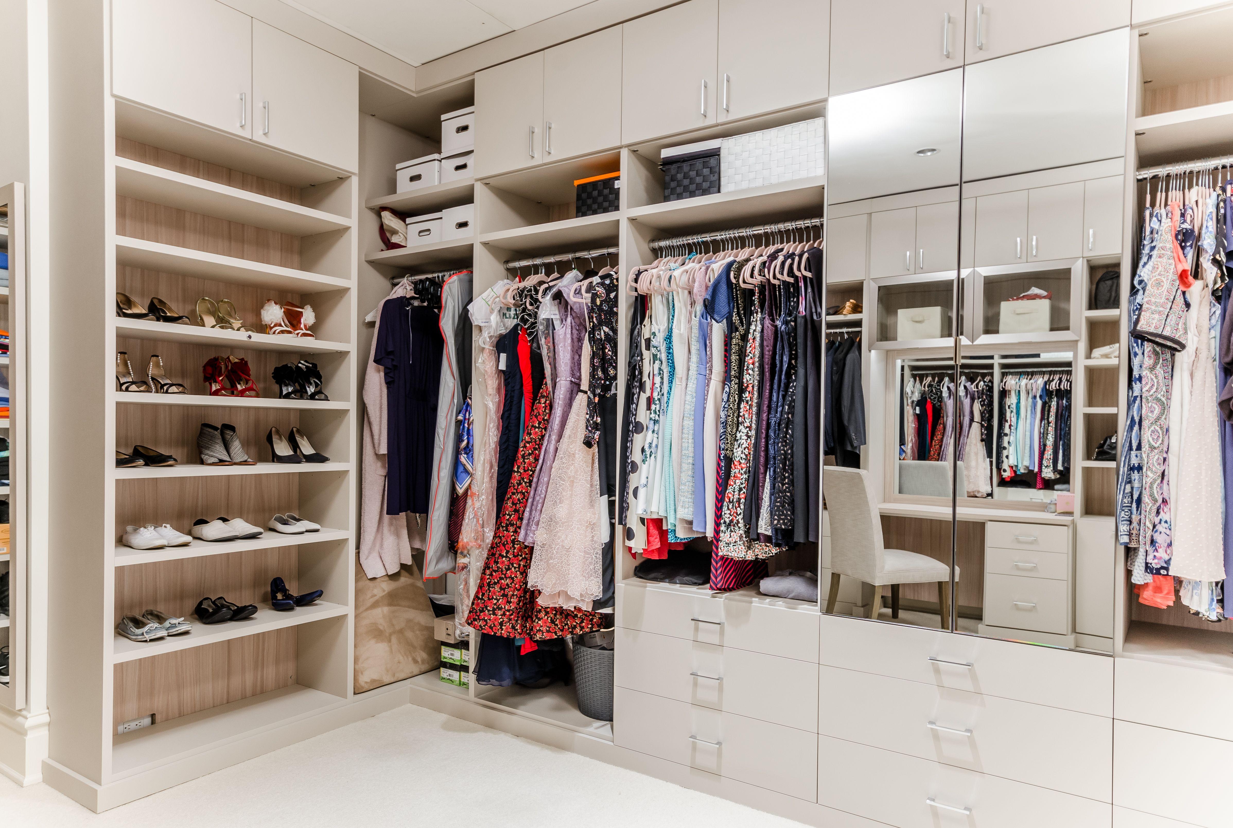 This Tribeca Walk In Closet Was Designed By Alexis Williams A Designer At California Closets Alexis Closet Storage Design California Closets Closet Designs