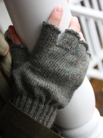 007bcb6791be3 Barbour Fingerless Gloves | Fashion | Fingerless gloves, Gloves, Arm ...