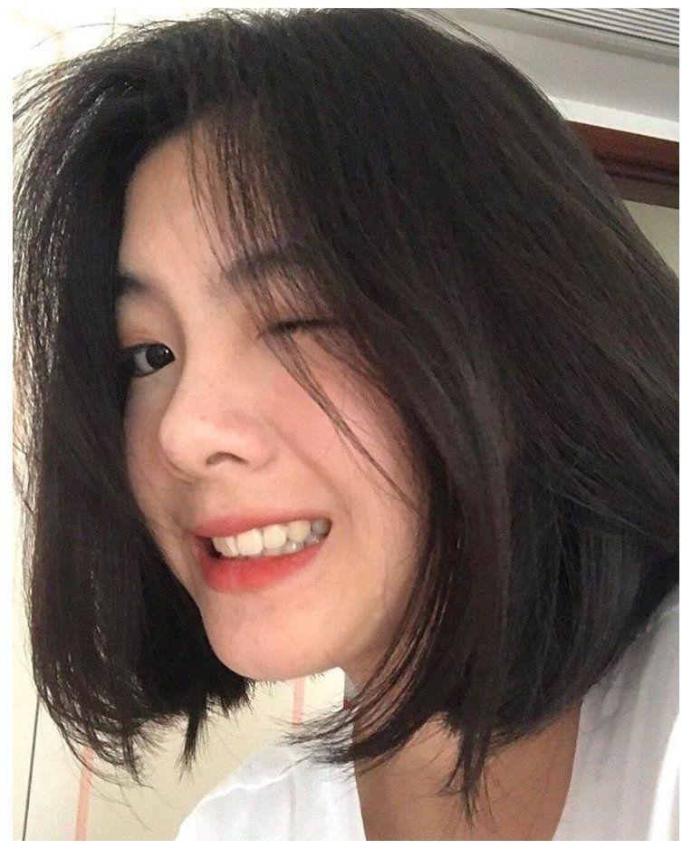 uzzlang girl short hair