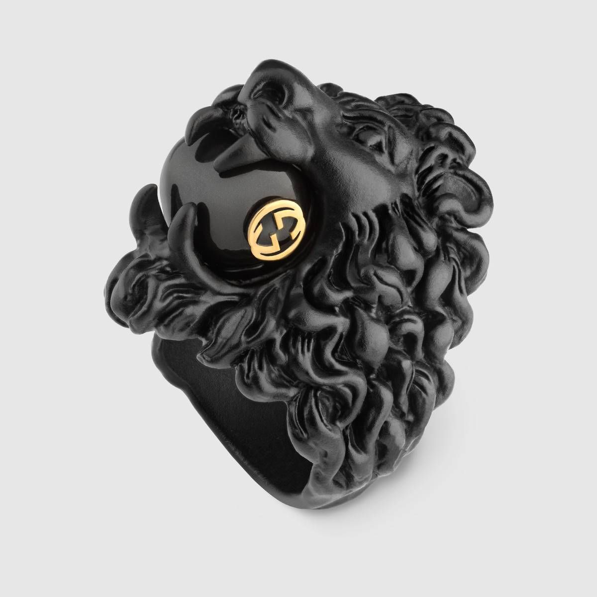 e340984a0aa Gucci Lion head ring with glass pearl Detail 2